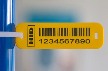 Flexible UHF RFID tag for industrial applications